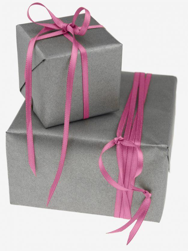 geschenkband-gewebt-dunkelrosa-schmal-hochwertig