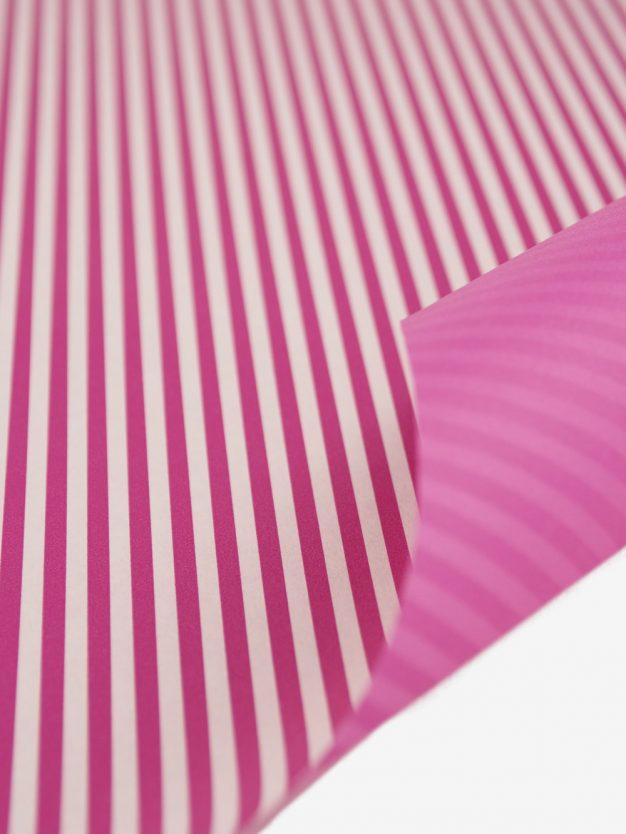 geschenkpapierbogen-creme-mit-streifen-pink