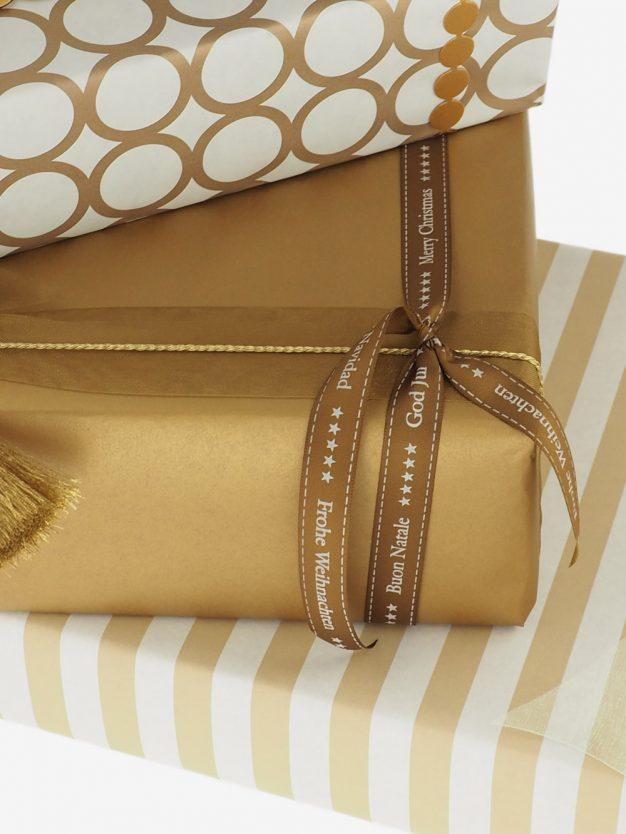 geschenkpapierverpackung-gold-uni