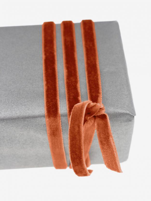 geschenkband-samt-gewebt-rostorange-schimmernd-hochwertig