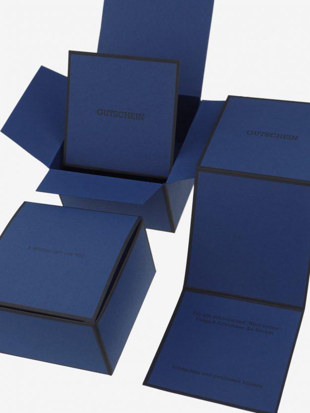 gutscheinbox-gutscheinkarte-hochwertig-dunkelblau